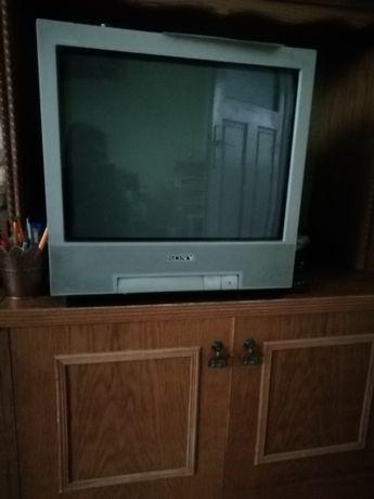 telewizor kolorowy JVC