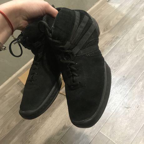 Танцевальная обувь крассовки (Джазовки)
