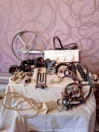 Продам зап.части на стиралку INDESIT WI84X
