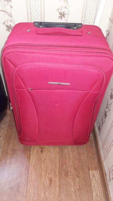 Продам чемодан большой малиновый один раз был в использовании, СІАК