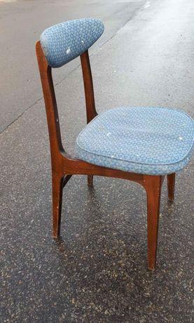 Krzesło Hałas PRL kultowe drewniane