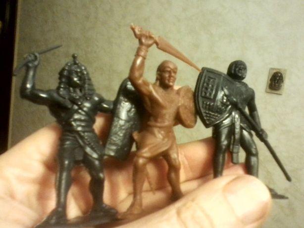Солдатики египтяне 7 штук (поштучно)