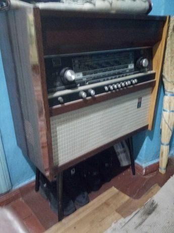Радиола Ригонда 102