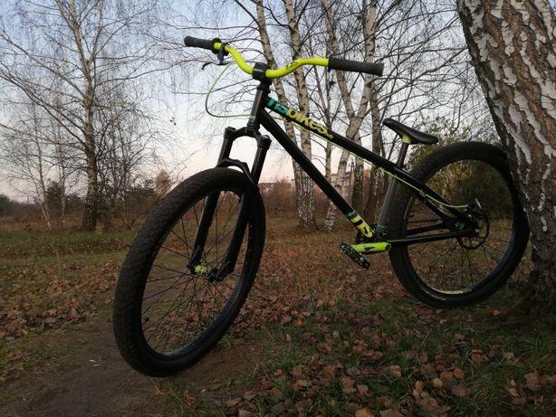 Rower dirt + kask {Oneal, Nsbike}