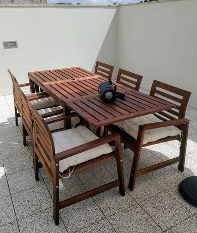 Conjunto de mesa e cadeiras exterior