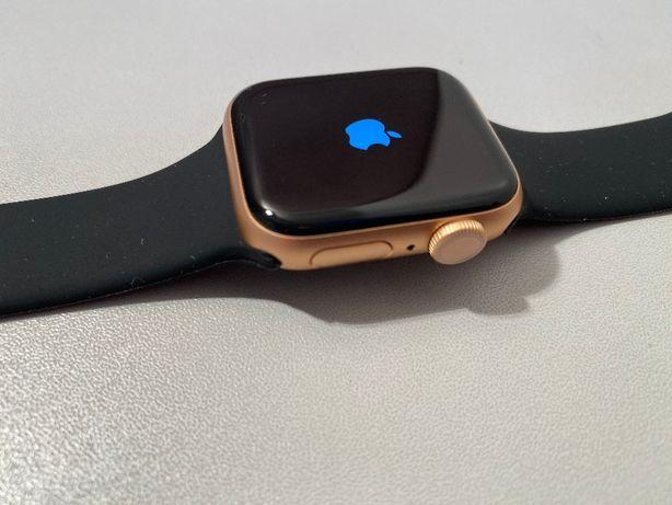 Apple Watch Series 5 GPS Aluminum 40mm
