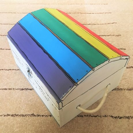 Caixa Báu Arco-Íris Decorativo