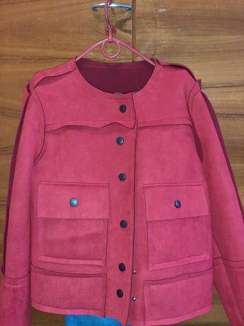 Продам димесизонную курточку-пиджак.Новый