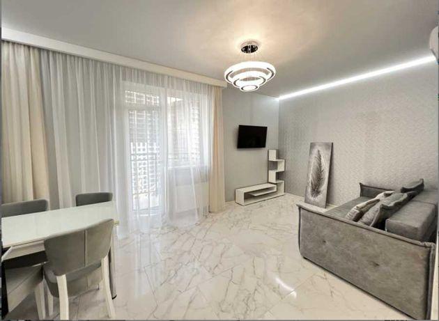 Для семьи: завершен ремонт в просторной квартире  на Генуэзской