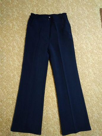 Штаны брюки школьные