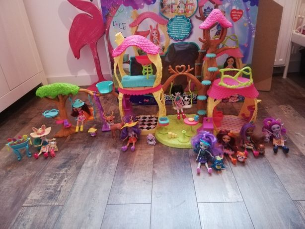Enchantimals duży zestaw (Leśny domek, Plac zabaw, Ogród + 4 lalki