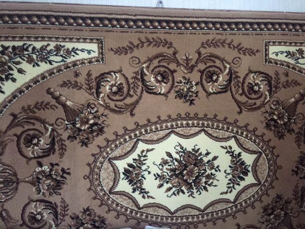 Продам шерстяні  коври