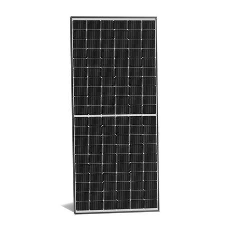 panele PV fotowoltaiczne fotowoltaika Longi Solar 440
