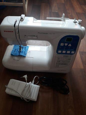 Продам бытовую швейную машинку FAMILY 4500
