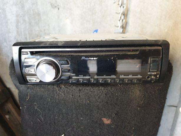 Radio Pioneer deh-4700bt