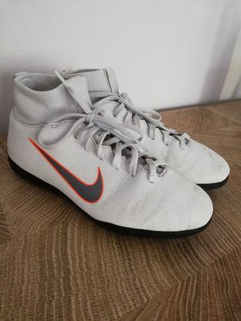 Turfy orlik Nike 36