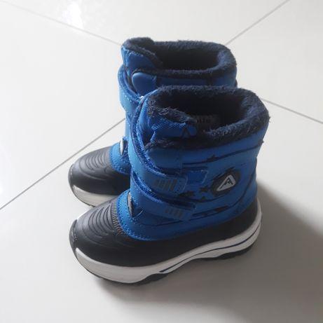 Buty zimowe  chłopięce 22.