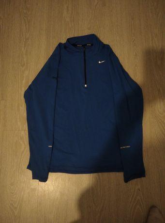 Оригинальная спортивная кофта Nike с рефлективными вставками