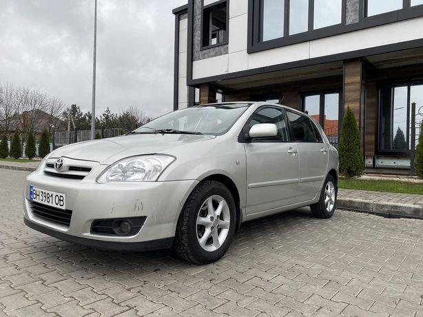 Продам машину Toyota Corolla