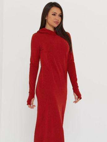 Женское утепленное платье на флисе