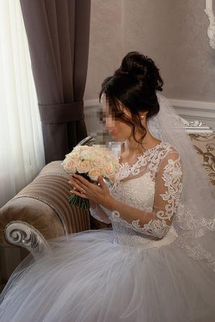 Свадебное платье +під*юбник+ подушечка для кілець