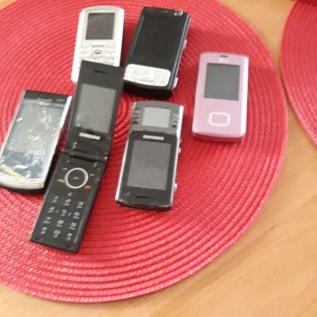 Telefony komórkowe.