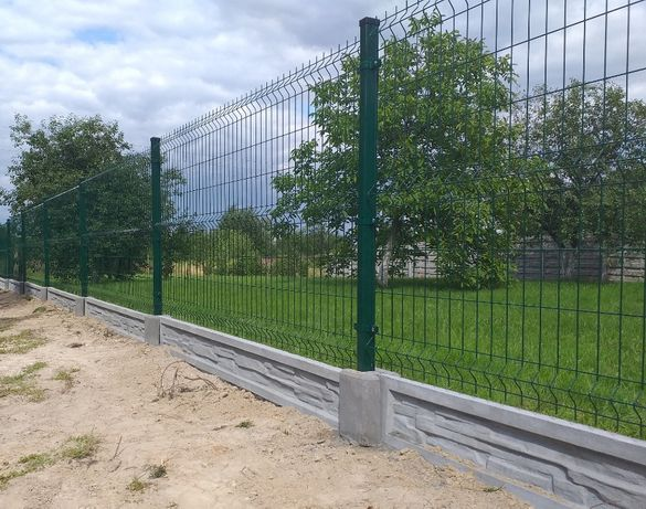Zestaw Panel ogrodzeniowy 133cm 4,0 ocynk+RAL+słupek+podmurówka
