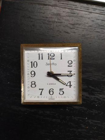 Stary zabytkowy nakręcany zegarek prl antyk
