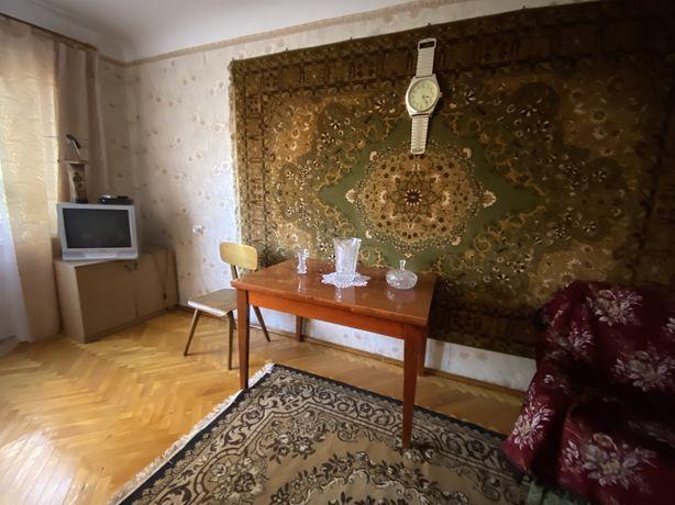 Оренда 3-кімнатної квартири  по вулиці Князя Романа, ІХ