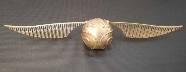 Golden snitch [harry potter]