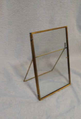 Ramka mosiężna z elementem szkła
