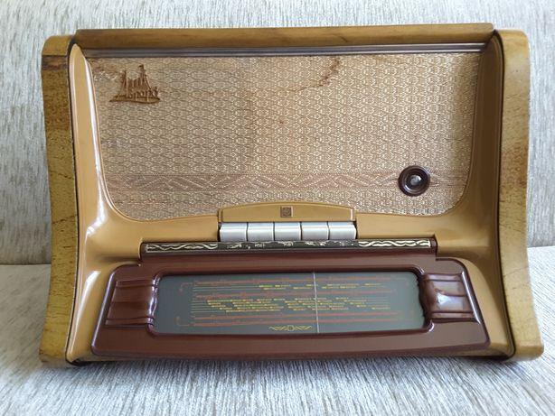 Stare radio Aurora