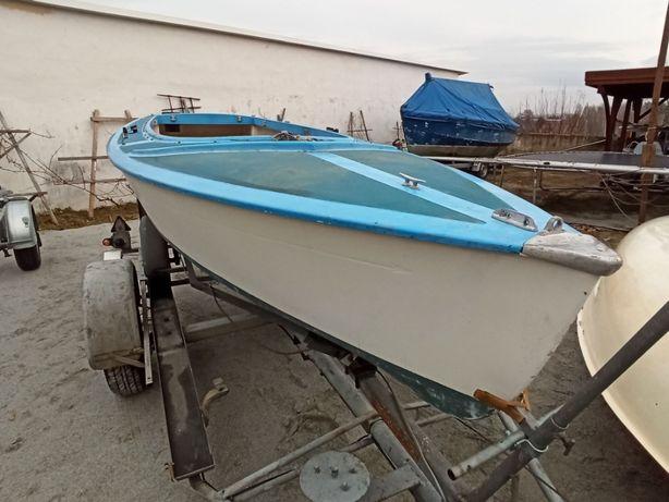 Łódka  żaglowa  Volksboot 480