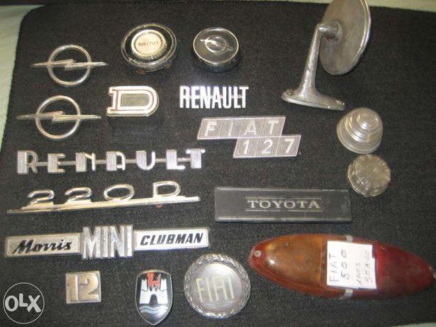 Sortido de 18 peças de automoveis antigos