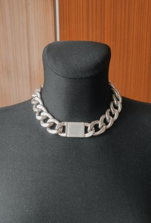 Łańcuch gruby naszyjnik metalowy kolor srebrny