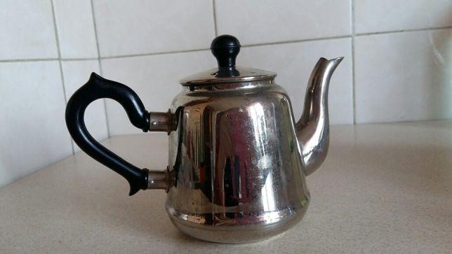 Чайник заварочный .
