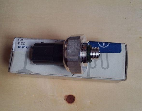 A2110000283 Mercedes датчик давления кондиционера (M 10)