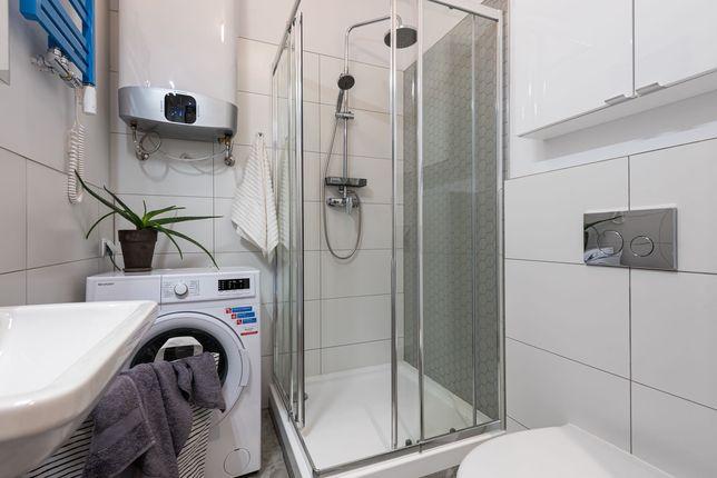 Prysznic 90x90, Kabina prysznicowa, odpływ, brodzik - Roca