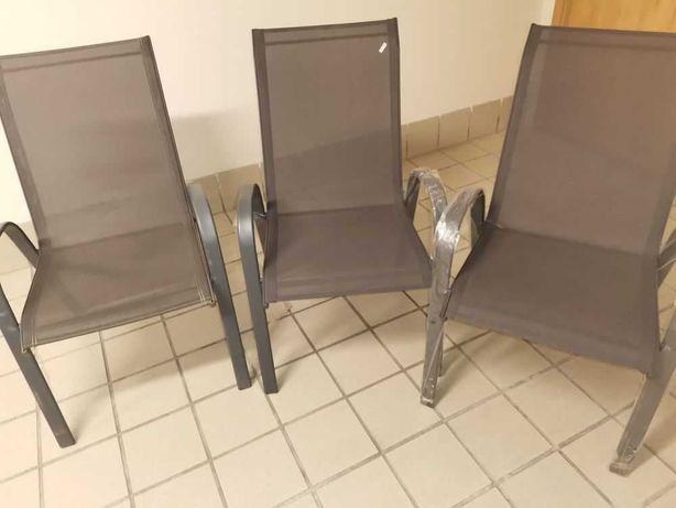 Mesa exterior 6 cadeiras 2 espreguicadeiras