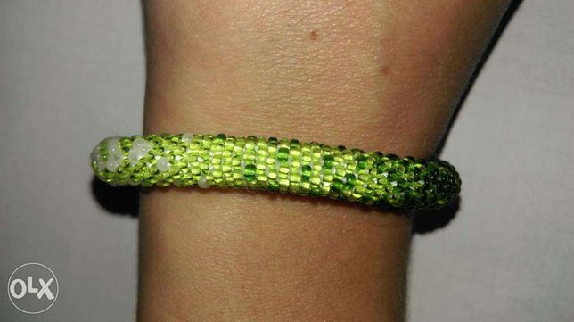 Bransoletka cieniowana biało-zielona