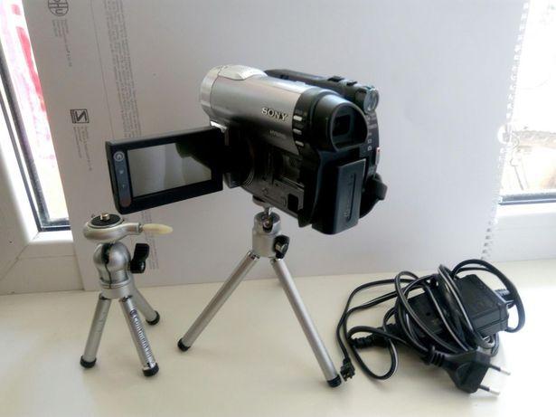 Видеокамера Sony DCR-DVD710 фото камера праздники садик цифровая Торг