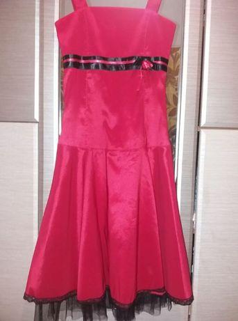 Платья-нарядные на День Рожденье или на выпускной,размер-S,импорт