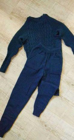 Срочно вязаный спортивный костюм зима