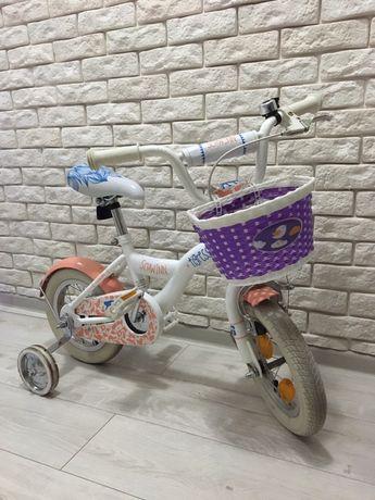 Красивый велосипед Schwinn для девочки