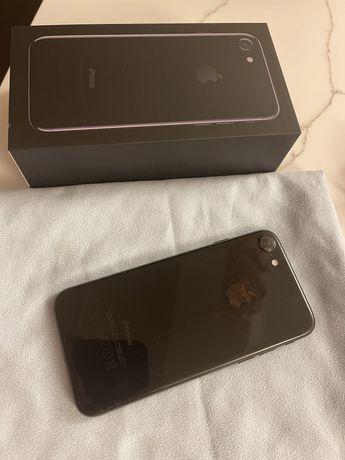 Iphone 7 128GB jet black.