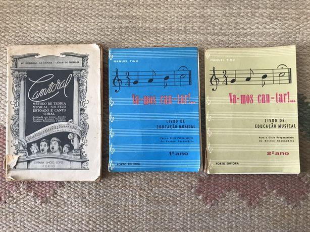 Livros antigos de Educação Musical