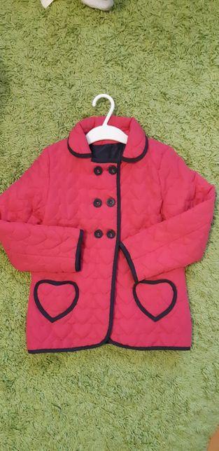 Демісезонна курточка на 5-6 років