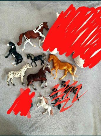 Figurki koni i akcesoria schleich, collecta, breyer