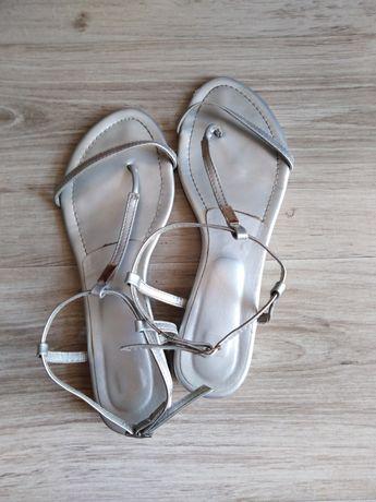 Sandały srebrne  japonki