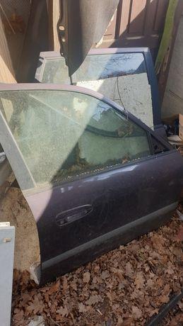 Mazda 626 GF, GW 98r , części , drzwi lampy ślizgi halogeny elektryka